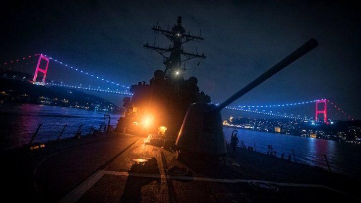 Amerikan Donald Cook destroyeri gece yarısı İstanbul Boğazı'ndan geçti!