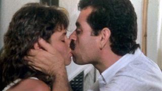 'Dudaklarından uzun uzun öpmek istiyorum'