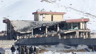 Dünya şokta! 126 askeri katlettiler