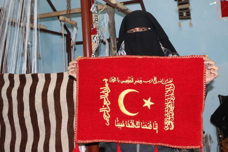 İdlib'deki dokuma atölyesi Suriyeli kadınların umudu