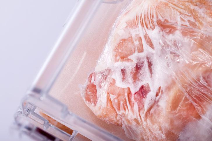 Çözülen gıdaları kesinlikle tekrar dondurmayın!
