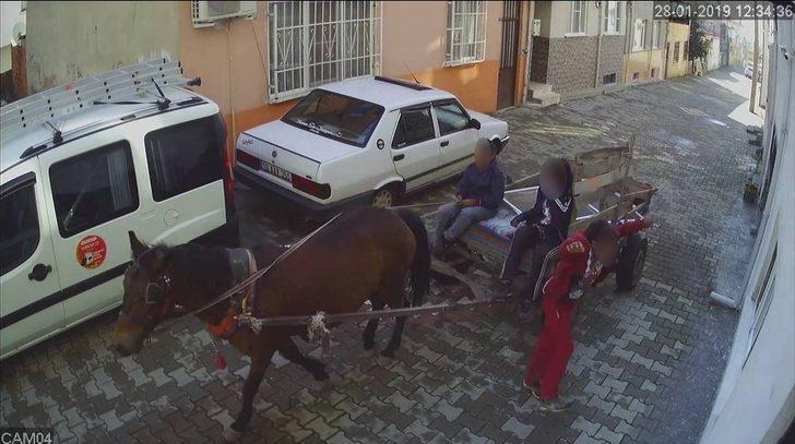 (Özel Haber) At arabalı çocuk hırsızlar güvenlik kamerasına böyle yakalandı