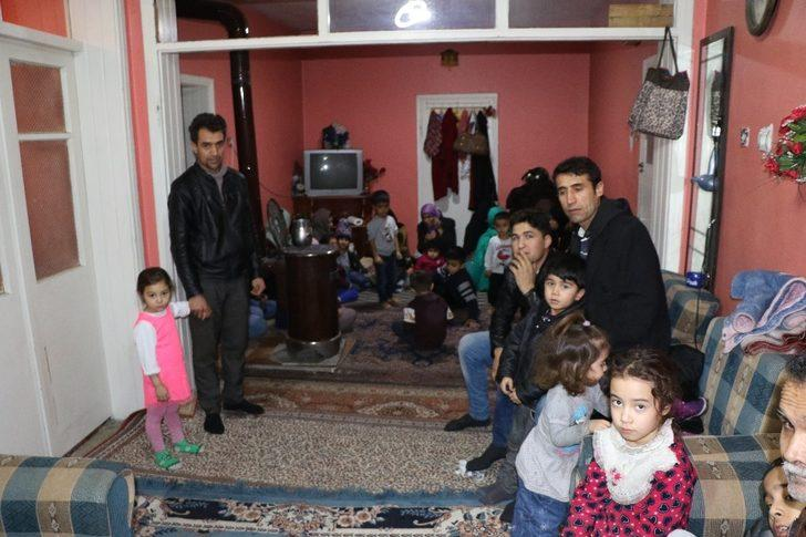 Hayat mücadelesi veren Afgan ailelerin tek isteği çalışma izni