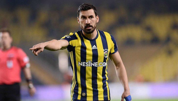 Fenerbahçe Şener Özbayraklı ile anlaşmaya vardı