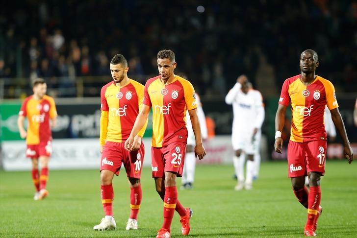 Galatasaray'da sezon sonunda Belhanda ile yollar ayrılıyor