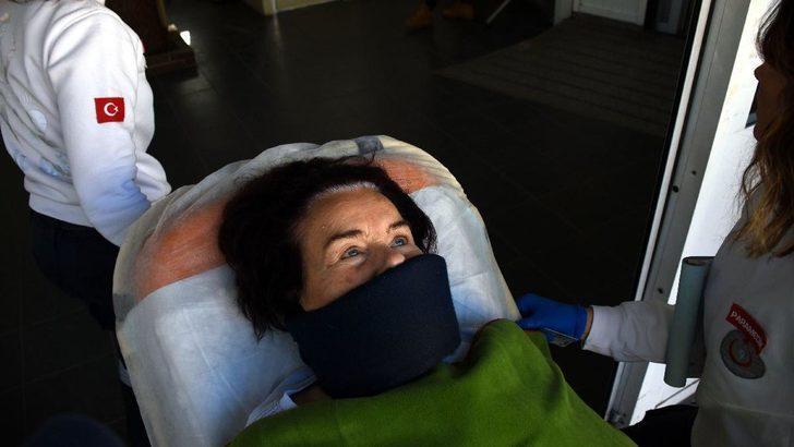 Fatma Girik hastaneye kaldırıldı! (Fatma Girik'in sağlık durumu)