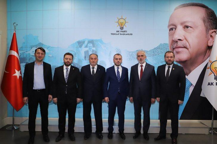 AK Parti'de Gölyaka ve Kaynaşlı ilçe başkanları atandı
