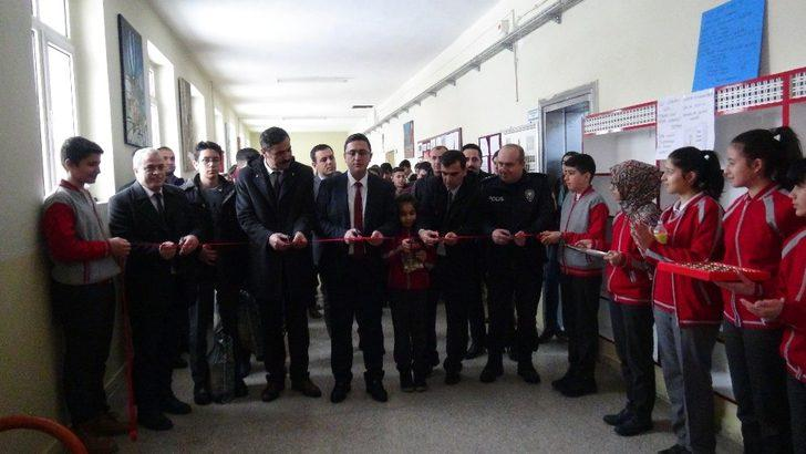 Doğanşehir'de okullarda 'Salon Kütüphanesi' kuruluyor