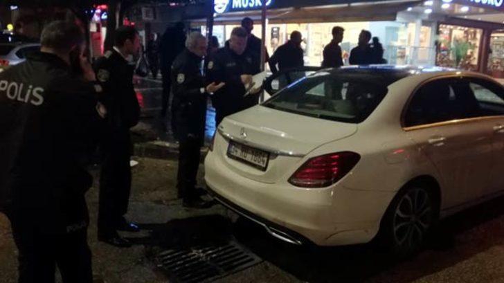 Adana'da lüks otomobilinin anahtarını kaybetti! Bulan kişiye hediyesi ise bakın ne oldu