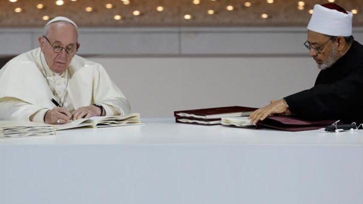 Katolik Kilisesi'ni karıştıran imza! Manifesto yayımlandı!