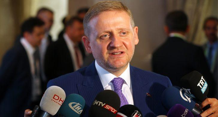 Başakşehir Başkanı Göksel Gümüşdağ'dan bırakma kararı! Veda konuşması yaptı