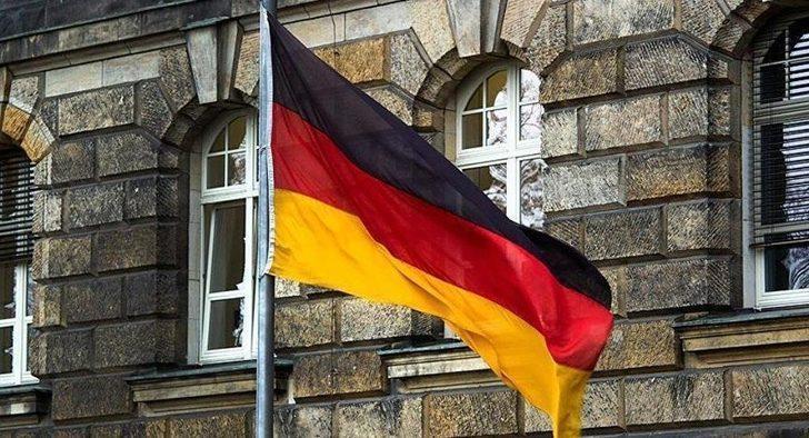 Almanya'da PKK bağlantılı yayın kuruluşlarına darbe