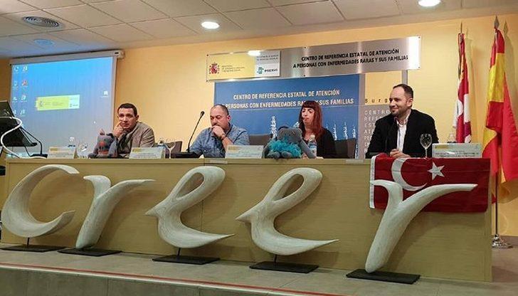 Yüzümle Mutluyum Derneği İspanya' da
