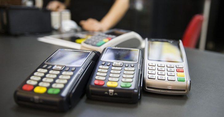 Kredi kartlarının tahtı sallanıyor!