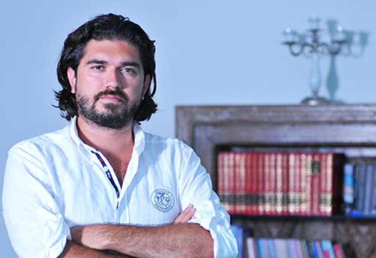 Rasim Ozan Kütahyalı Beyaz Futbol'a geri döndü!