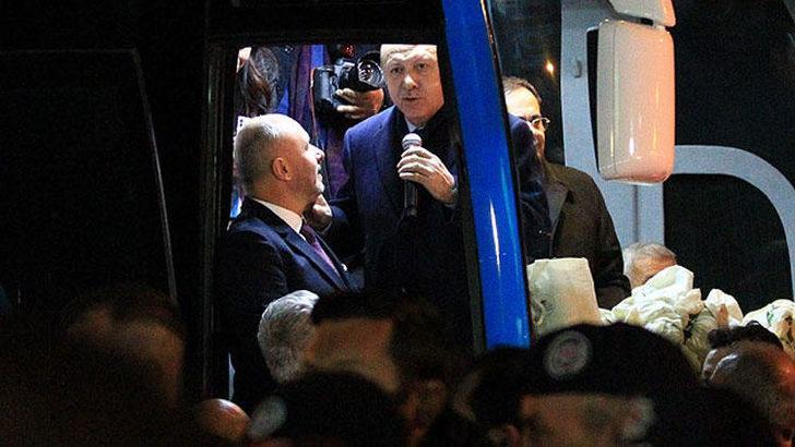 Dikkat çeken diyalog! Erdoğan yanına çağırdı ve...