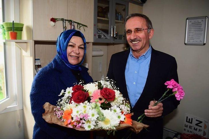 AK Parti Sancaktepe Başkan Adayı Döğücü, sağlık çalışanlarıyla buluştu