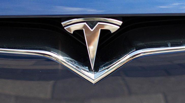 Tesla fiyatlarını arttırmaya karar verdi