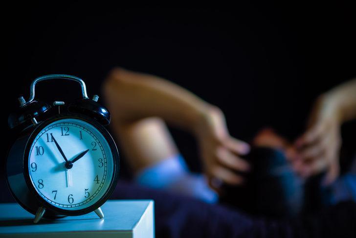 Sağlıksız uyku ömrünüzü çalıyor! Az ya da çok uyuyorsanız dikkat