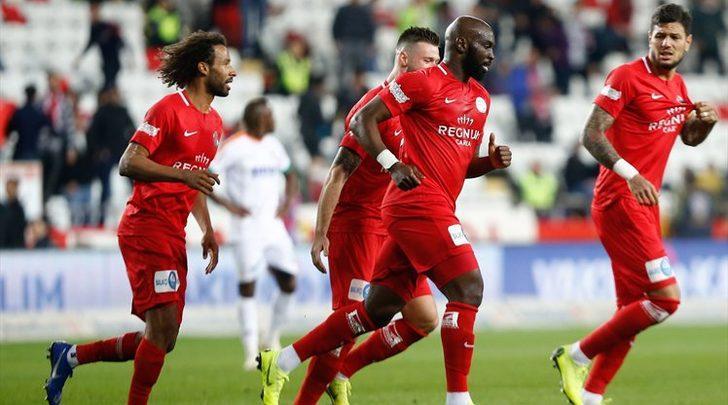 Antalyaspor 3 - 0 Alanyaspor