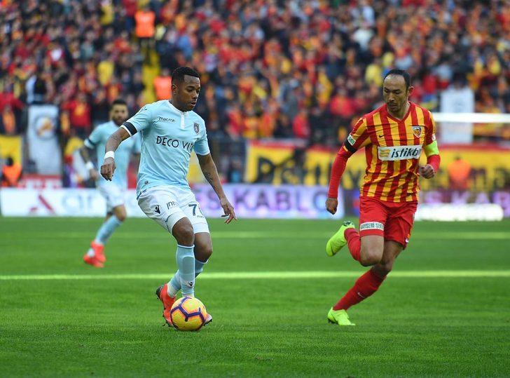 Kayserispor 1 - 1 Başakşehir