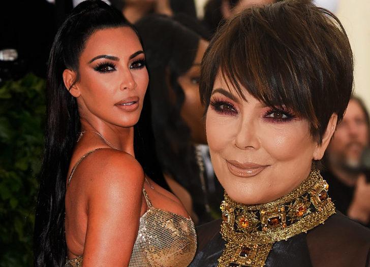 Kadınlar 33 yaşından sonra annelerine benziyor