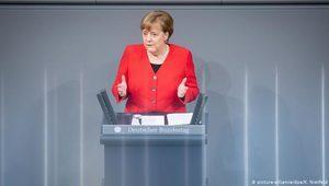 Merkel: Brexit koşullu olarak ertelenebilir