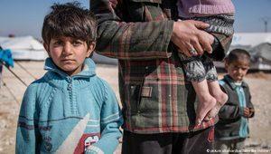 Bağuz'dan kaçan 12 kişi kampta öldü