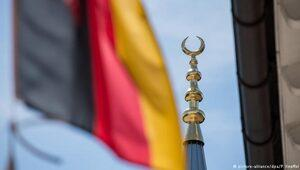 AfD Bavyera'da minarelerin yasaklanmasını istiyor