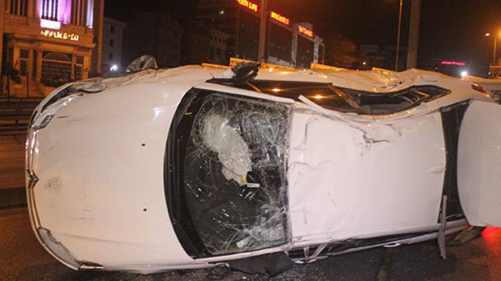 İstanbul'da feci kaza! Takla atarak durabildi!
