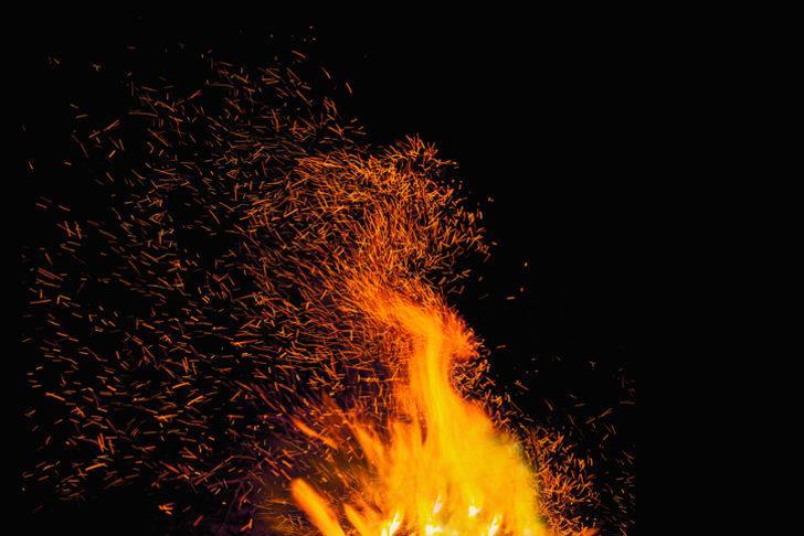 Rüyada ateş görmek ne demek? Rüyada ateş görmek ile ilgili rüya tabirleri