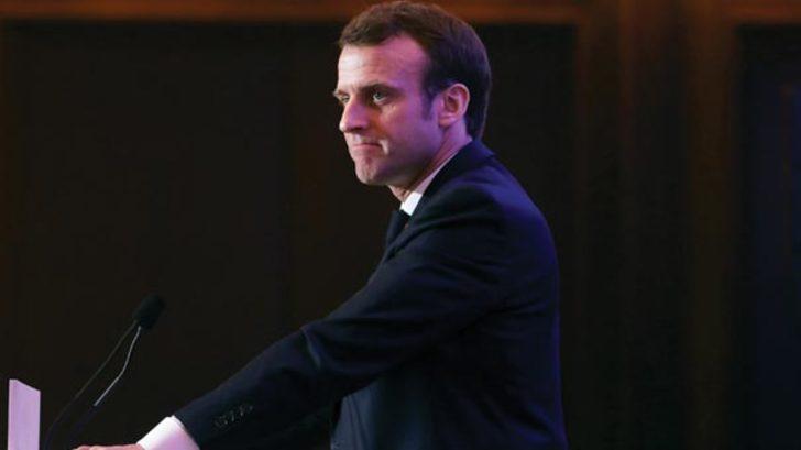 Macron sarı yeleklilerin taleplerine yanıt verdi