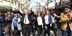 Özlem Çeçrioğlu'ndan İncirliova pazarına ziyaret
