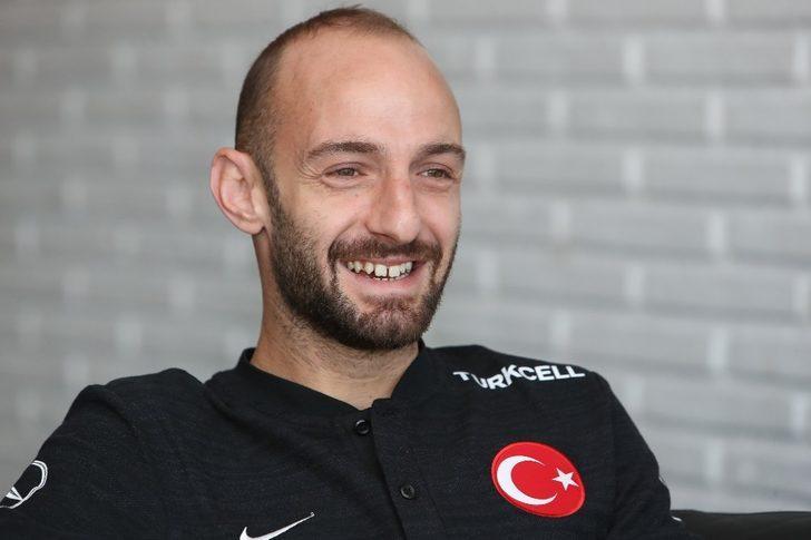 """Efecan Karaca: """"Başınızda Şenol Hoca varsa hedefiniz bitmez"""""""