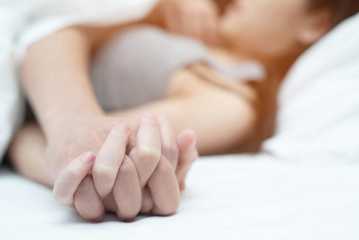 Evlilikte cinselliği kurtaran formül! 'Ten uyumlarını kaybettiklerini görüyoruz ama...'