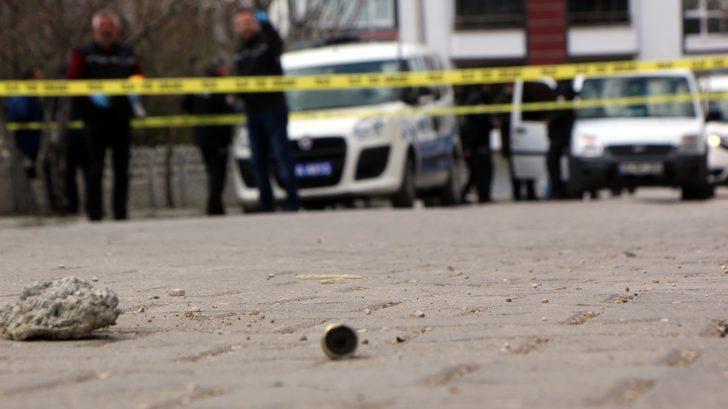 Eniştesini pompalı tüfekle vuran şüpheli adliyede