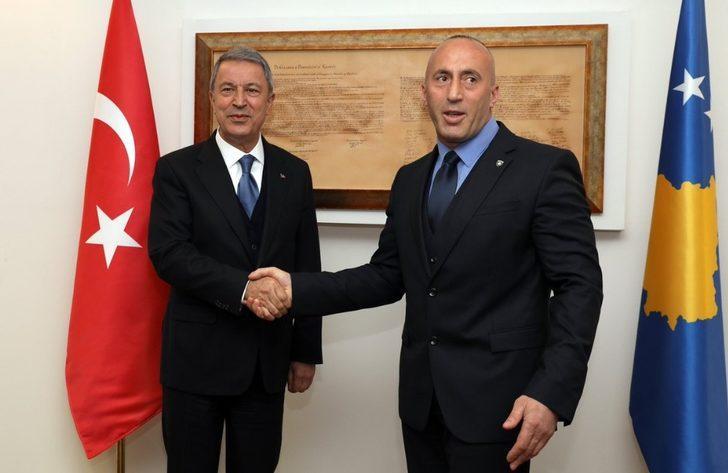 Milli Savunma Bakanı Akar, Kosova Başbakanı Haradinaj ile görüştü