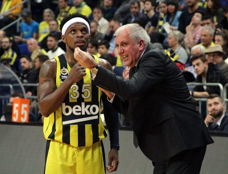 Ali Muhammed 2 yıl daha Fenerbahçe Beko'da