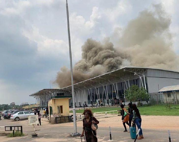 Nijerya'da havalimanında yangın