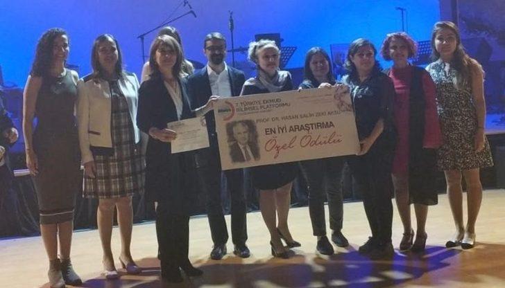 Hitit Üniversitesi Tıp Fakültesi öğretim üyelerine ödül