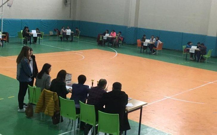 Sarıgöl'de ortaokullar arası bilgi yarışması