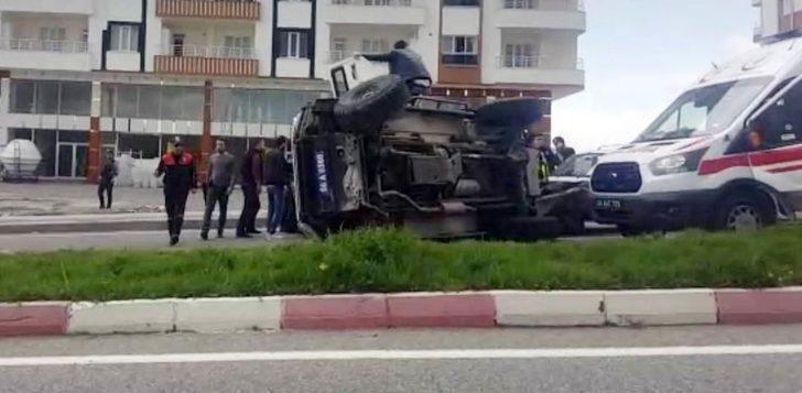 Siirt'te zırhlı polis aracı devrildi