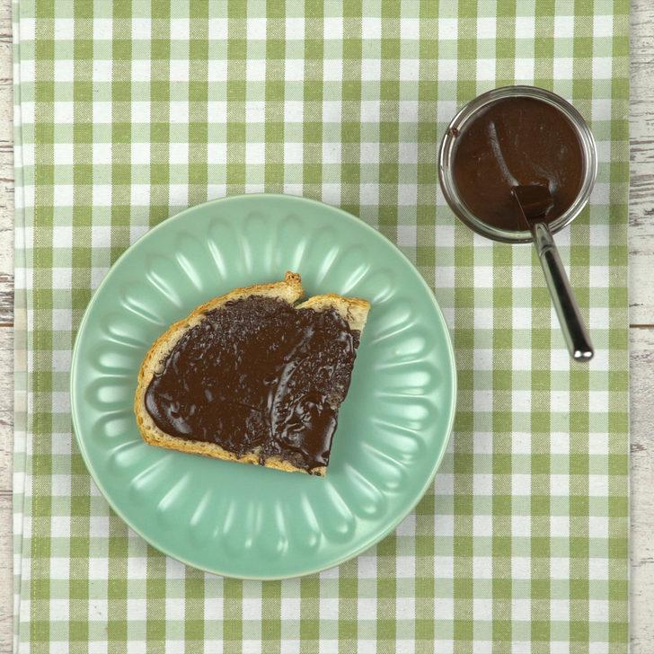 Ev Yapımı Çikolatalı Fındık Kreması