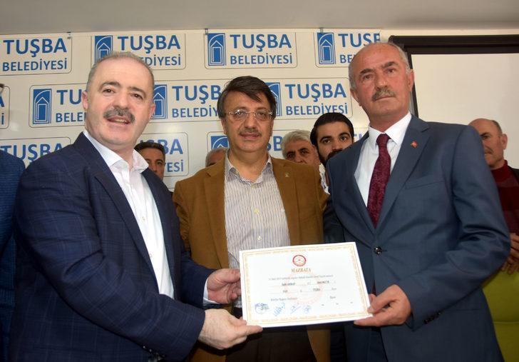 Tuşba'da HDP'li adayın yerine mazbata alanAK Parti'li göreve başladı