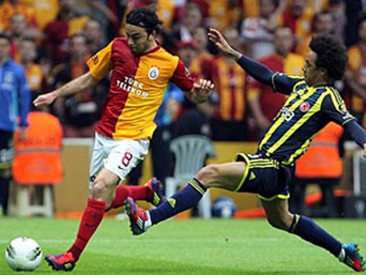 22 Nisan 2012   Galatasaray 1 - 2 Fenerbahçe - Spor Toto Süper Final Şampiyonluk Grubu 2. haftasında Fenerbahçe deplasmanda Galatasaray'ı Reto Ziegler ve Miroslav Stoch'un golleriyle yendi.