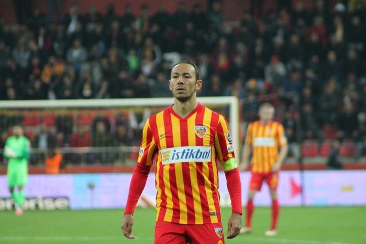 Kayserispor'da Umut Bulut 100. maçına çıkacak