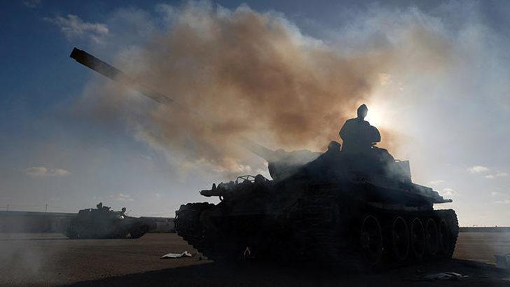 Son dakika: Libya'da savaş uçağı düştü!