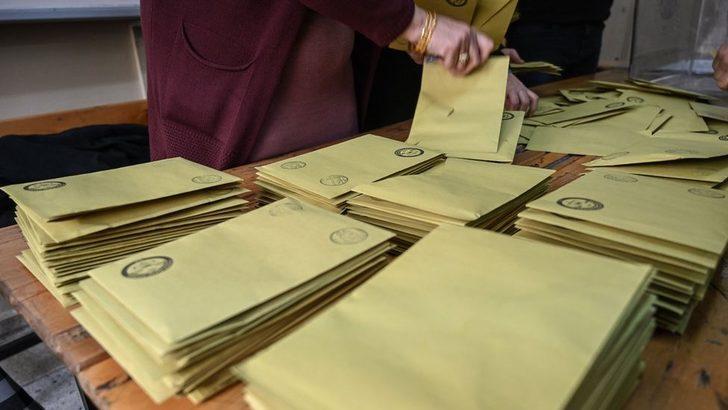 Maltepe'de oy sayımı yarına kadar durduruldu, yüzlerce sandık yeniden sayılacak