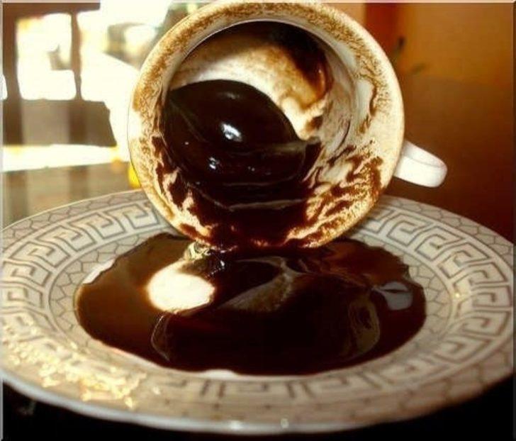 Kahve tiryakilerine özel: Bir bardak kahve içtikten sonra bakın vücudunuza neler oluyor
