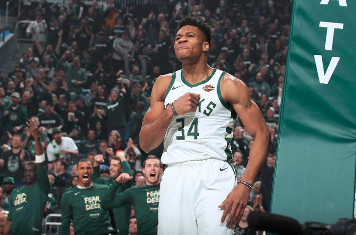 Milwaukee Bucks 121 - 86 Detroit Pistons